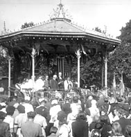 V. J. Day celebration, Pymmes Park, Enfield, 14K
